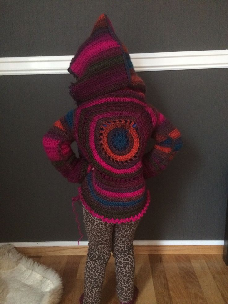 Circular cardigan, crocheted hoodie for my little girl. Free pattern from garnstudio, i added the hood :)