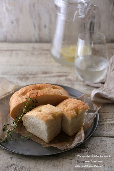 こだま酵母とゆめちからで作るもちもちふわふわのフォカッチャです。成形も簡単なのでパン作りが初めての方にもおすすめです。