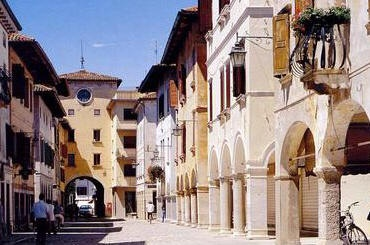 Spilimbergo, PN, Friuli Venezia Giulia, Italia.