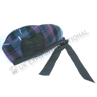 http://www.bagpipers.eu/scottish-hat-blue-and-black-with-black-pom-pom-prodetail4805