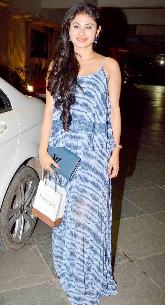 Mouni Roy at Manish Paul's birthday bash. #Bollywood #Fashion #Style #Beauty