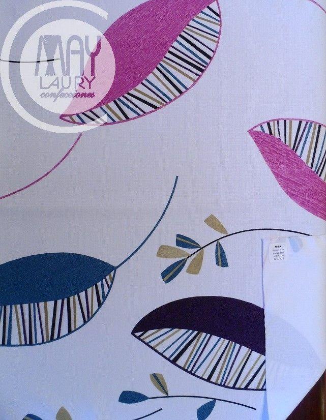 Tela con diseño de hojas