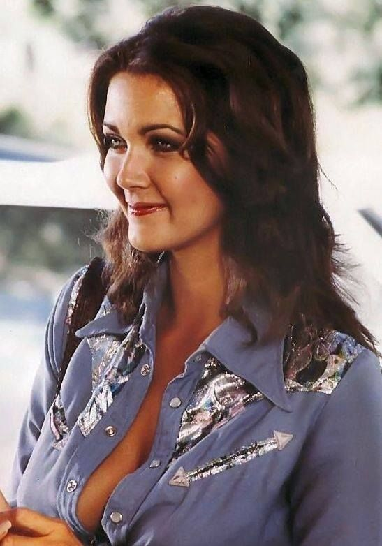 Lynda Carter is still, even today (11/05/2016) one of the SEXXXIEST women alive.