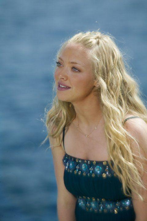"""Amanda Seyfried in """"Mamma Mia!"""" (2008). COUNTRY: United Kingdom. DIRECTOR: Phyllida Lloyd."""