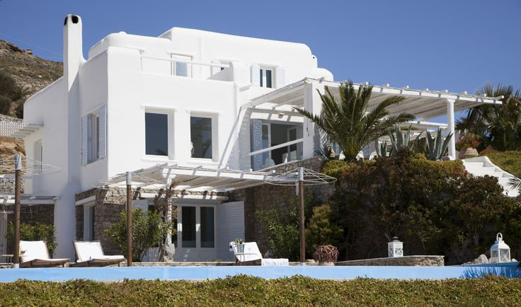 Located hilltop above Lia Beach, villa Dream Mykonos- a secluded, very large modern villa - offers fantastic sea and coundry side views with guaranteed tranquillity This attractive, brand new contemporary style villa comprises both a main and guest..