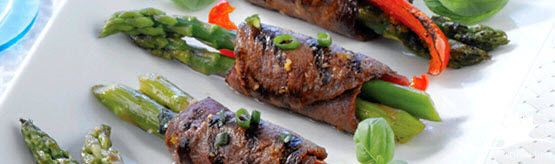 Grilled Beef Roulades from the December #MakeItBeefClub eNewsletter #LoveCDNBeef