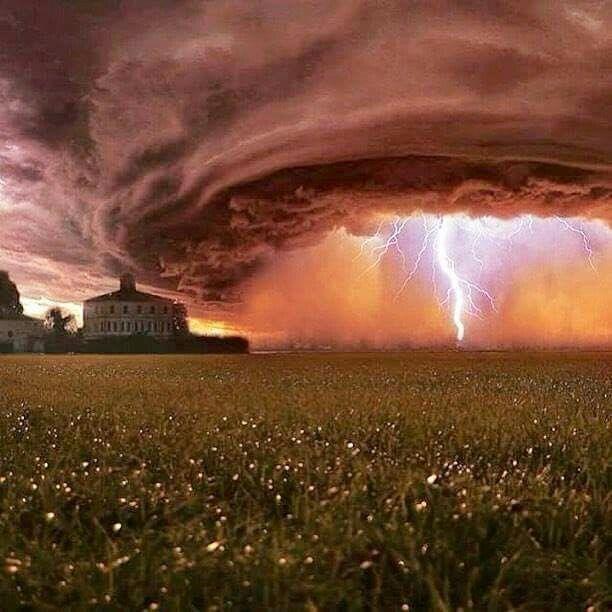 Epic Lightning Storm in Nebraska. USA