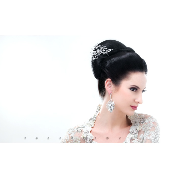 Hair do for: indonesian wedding magz