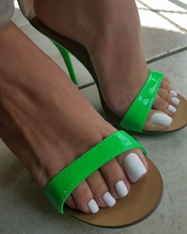 Mejores 103 imágenes de 0 Manos y pies en Pinterest | La uña, Uñas ...