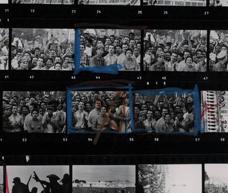 マグナム・フォト創設65 周年記念写真展  「マグナム・コンタクトシート」  会期:2012年4月4日(水) – 2012年4月29日(日) 火休  時間:11:00 – 20:00  入場料:無料  会場:リコーフォトギャラリーRING CUBE ギャラリーゾーン  東京都中央区銀座5-7-2 三愛ドリームセンター
