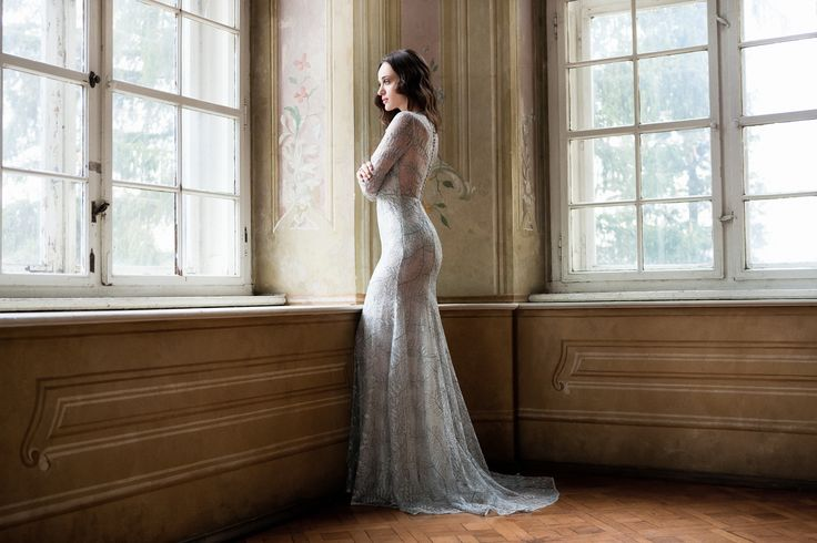 Daalarna Couture Silver Lace Evening Dress_Belle Collection