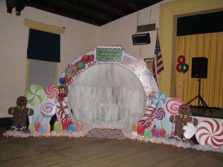 Candyland Prom | candyland theme centerpieces | Stumps Prom Gingerbread Arch Reviews ...