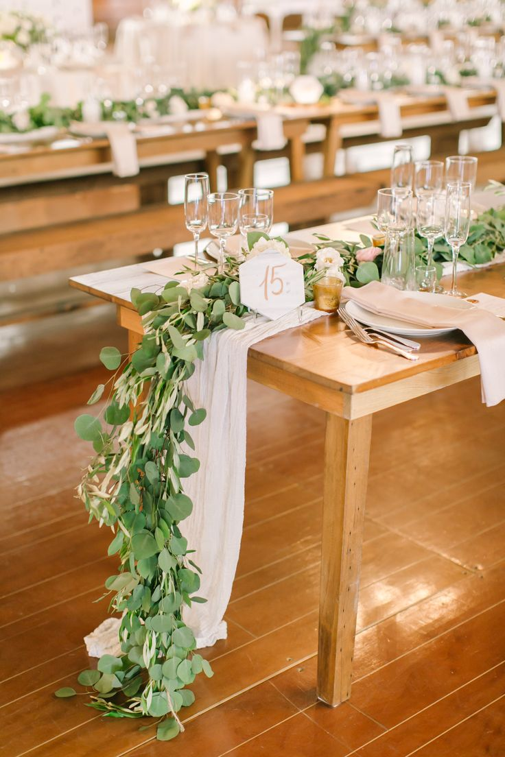 Black Tie Meets Rustic for this Chic Spring Wedding