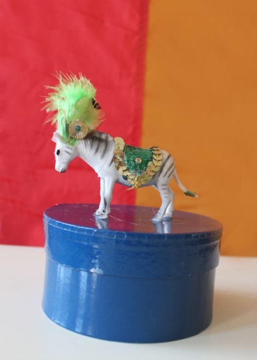 17 Best Images About Diy Gt Plastic Animals On Pinterest