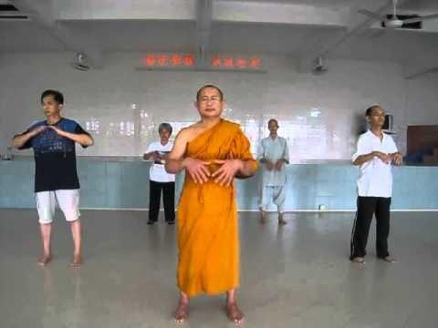 ▶ Ajahn Suthep teaching Qi Gong (Full Length) - YouTube ❤️Fave - invigorating balance of chi