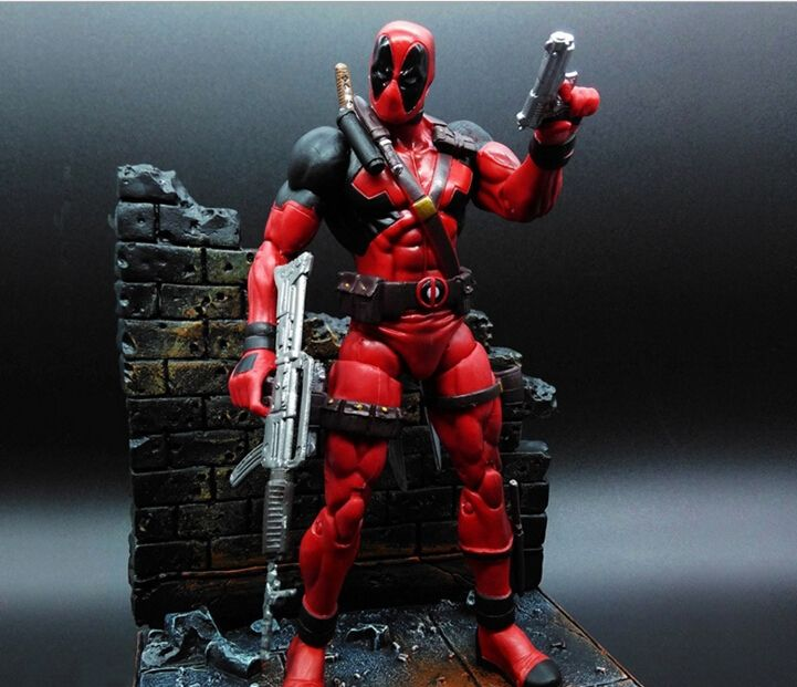 32.75$  Buy here - http://alicoo.shopchina.info/go.php?t=32600184431 - Deadpool Action Figures Anime Movie Game Toys 7inch PVC Movable Joints Deadpool Model Toys Figure With Scene  #magazine