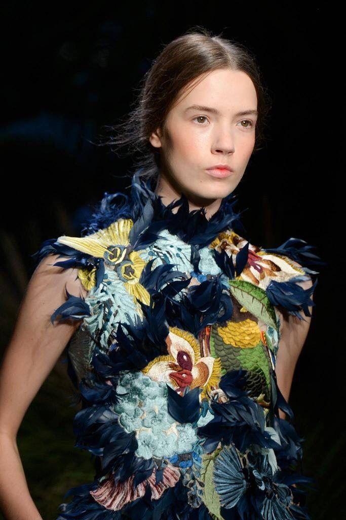 25 besten embroidery Bilder auf Pinterest | Garderoben, Abendkleid ...