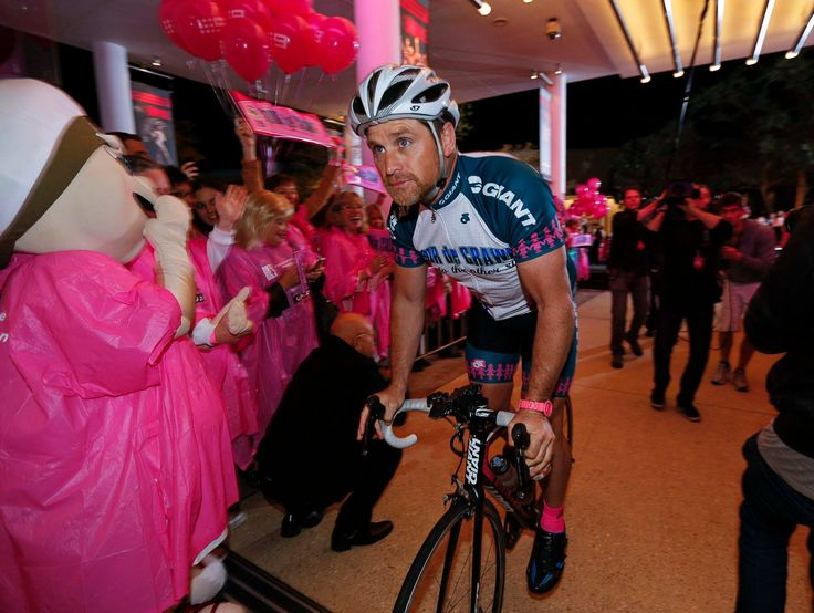 Shane rides into Crown Perth after 22 epic days