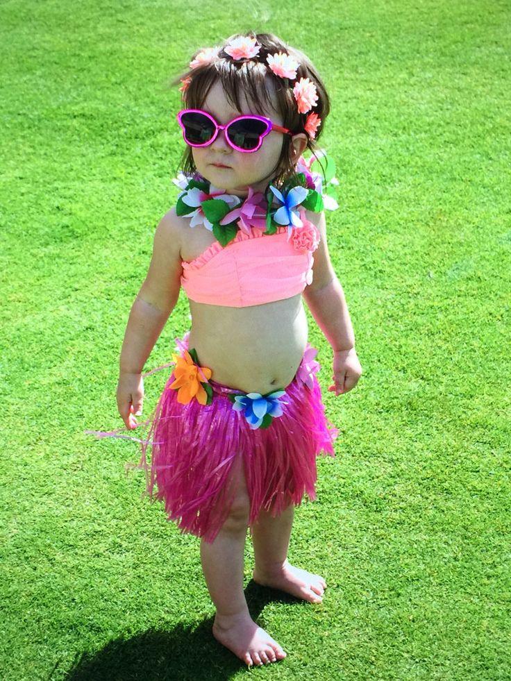 The 25+ best Hawaian costume ideas on Pinterest | Luau costume Hula skirt and Hawaiian costume