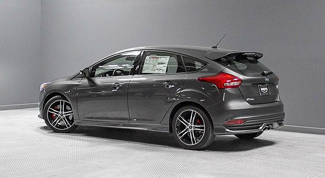 2019 Ford Focus St A Cheaper Version Of Rs