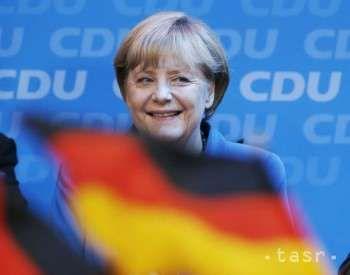 Nasa oblubena :-))  http://spravy.pozri.sk/clanok/Nespokojnost-s-uteceneckou-politikou-A.-Merkelovej-rastie.-Aj-v-CDU/371415