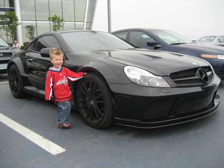 Alexander ovechkin 39 s matte black mercedes benz sl65 amg for Matte black mercedes benz