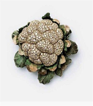 Cauliflower by Hemmerle via trouvaillesdujour: Copper, white gold, cream colored diamonds. #Cauliflower #Hemmerle