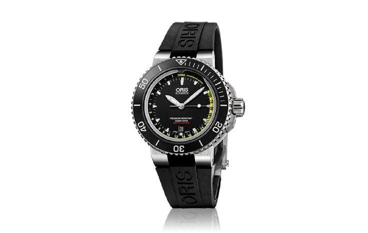 Os presentamos Oris Aquis Depth Gauge, el primer reloj de buceo de la firma con medidor de profundidad. No es el primer reloj de buceo con esta funcionalidad, pero el mérito de Oris ha sido conseguir popularizar este mecanismo a un precio muy inferior si lo comparamos con los relojes de buceo de otras marcas.  #oris #relojes #relojeria #buceo #aquis #depth #gauge #joyeria #online