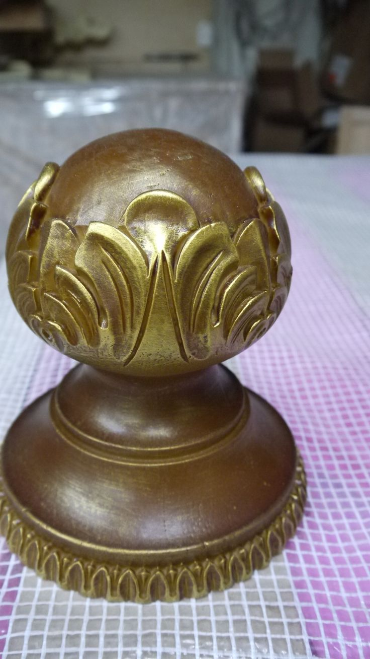 Ручка из полимера. Резной декор из древесной пасты, древесной пульпы, полимера, полиуритана, ППУ, МДФ, прессованный декор, декор из массива, декор из дерева