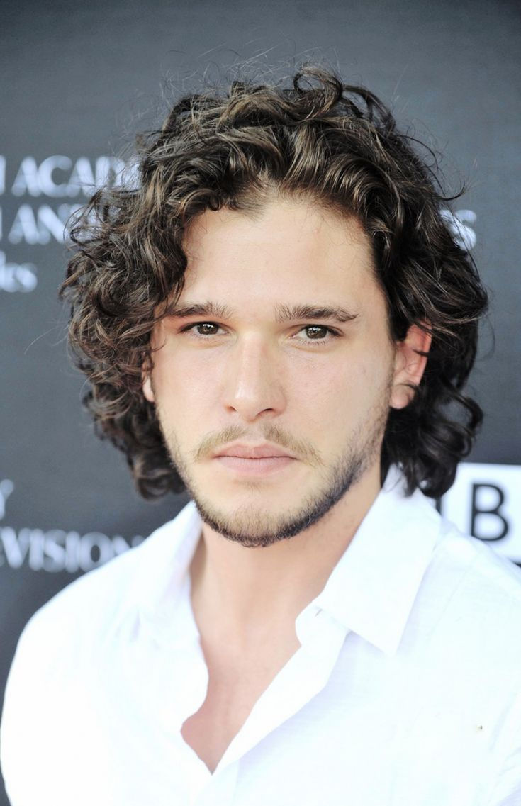 Derek jeter mens hairstyles colton haynes casual hairstyle - Kit Harington Is A Curly Dude Who Plays Jon Snow In The Games Of Thrones Below Are Pictures Of Kit Harington Curly Hair He Usually Wears His Curls At A