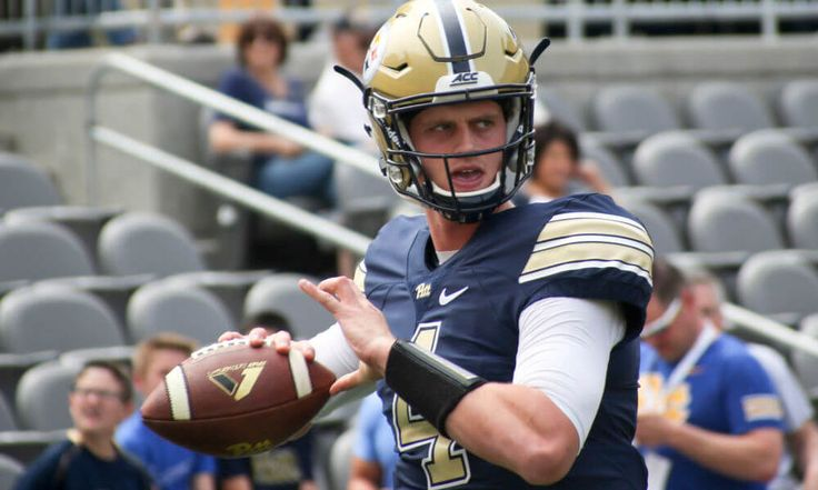 Pitt Panthers name former USC QB Max Browne as starter = In August 2016, Max Browne was tabbed as the USC Trojans starting quarterback. Just one year later, he's been given the job once again — but this time for the Pitt Panthers. Head coach Pat Narduzzi announced on Tuesday that.....
