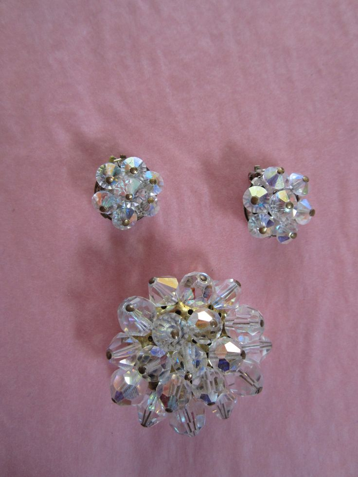 Vintage Sparkly broach and matching earrings