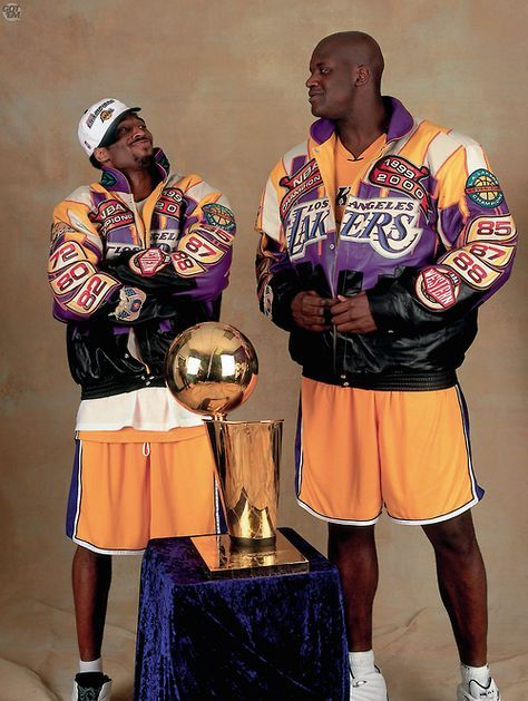 Kobe Bryant & Shaquille O'Neal---IF NOT FOR MASSIVE EGOS, THIS TANDEM SHOULD HAVE WON 6 OR 7 CHAMPIONSHIPS TOGETHER!!!!!!!