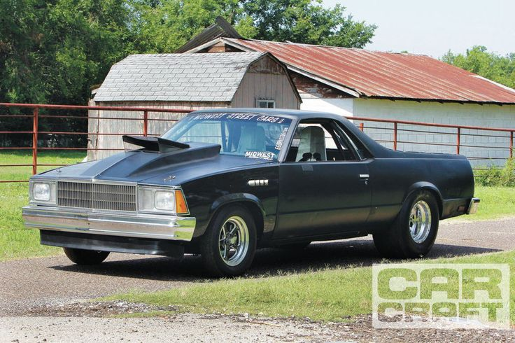 We take a look at some of OKC Street Racers; the real street outlaws in the 405 featured on the Discovery Channel's show Street Outlaws