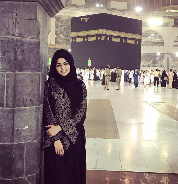 """12.8b Beğenme, 81 Yorum - Instagram'da EniSena (@karalardansena): """"Kalbim orada kaldı Hayırlı Kandiller.."""""""
