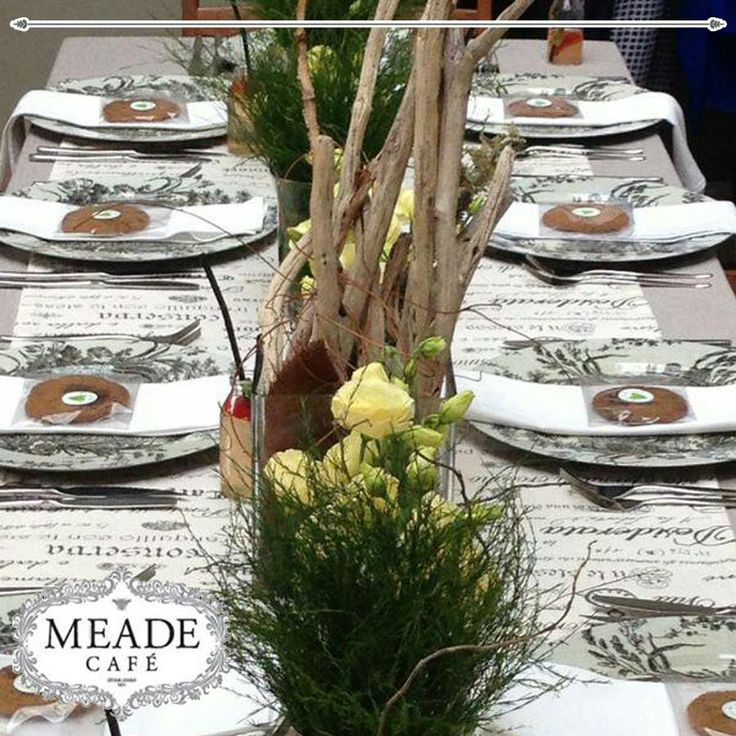 Looking for a cosy atmosphere this winter? Visit Meade Cafe for fabulous food and a warm ambiance. #winter #meadecafe