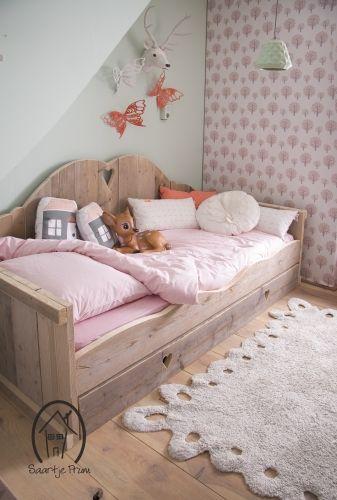 Schattige bedbank van steigerhout #steigerhoutopmaat