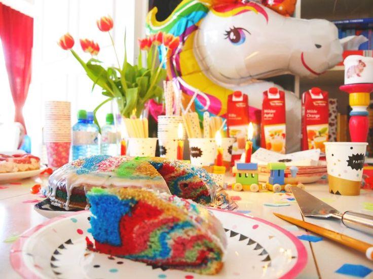 Einhorn-Regenbogenkuchen-Geburtstag