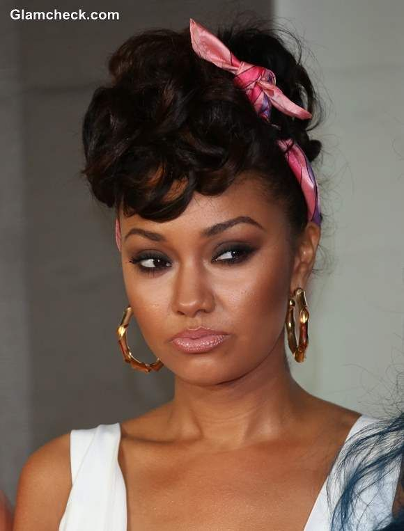 scarf styles for hair 50s hairstyle with scarf leigh pinnock hair 1330