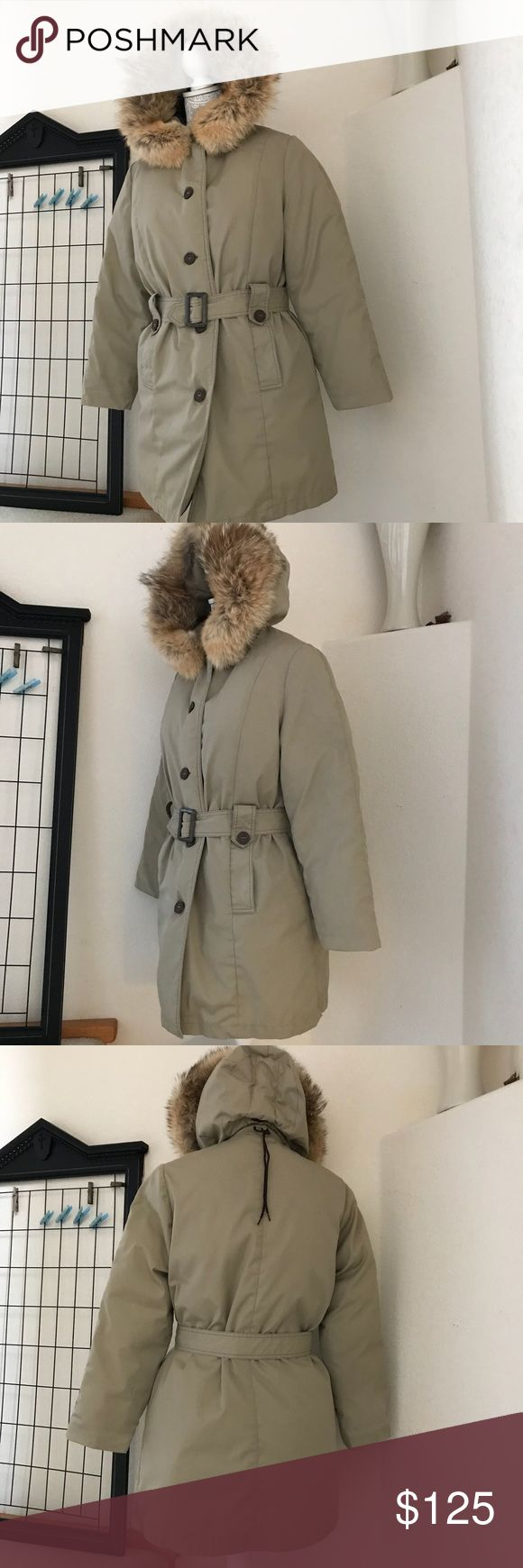 Eddie Bauer Premium Goose Down, Fur Trim Parka Premium quality, Eddie Bauer of Seattle, Puffer Coat or Parka. Recently Dry Cleaned and ready to wear for cold to severe winter climates. Real Fur Trim. Size 10, or s women's Medium Eddie Bauer Jackets & Coats Puffers
