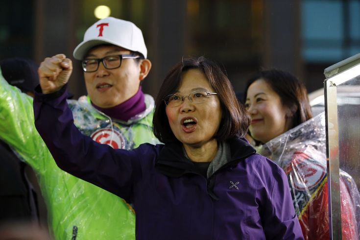 Taiwan elections 2016: Chinese democracy prepares to elect pro-independence leader Tsai Ing-wen. | Taipei has become increasingly weary of its economic dependence on mainland China.