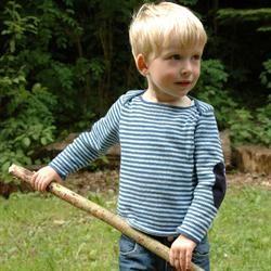 strikkebogen.dk: Drenge sweater med bådhalsudskæring