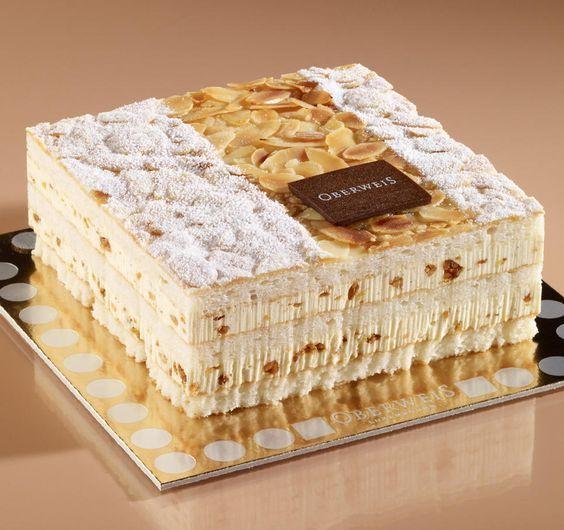 Pâte macaron, crème nougatine, Biscuit macarons aux amandes, mousseline vanille aux éclats de nougatine