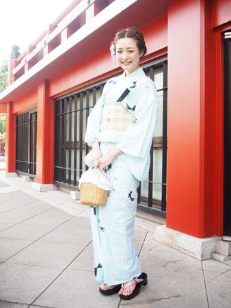 """淡い浴衣にチェックの帯で遊び心満載の""""大人キュート"""" #浴衣 #yukata"""