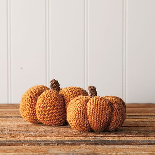 Ravelry: Spice & Clove Knit and Crochet Pumpkins pattern by Hannah Maier-free pattern