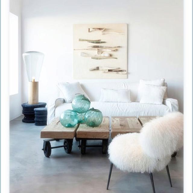 Modern beach decor island living pinterest for Modern beach house decor