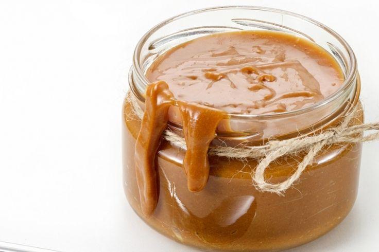 Simple et délicieuse, réaliser une sauce au caramel avec seulement 3 ingrédients