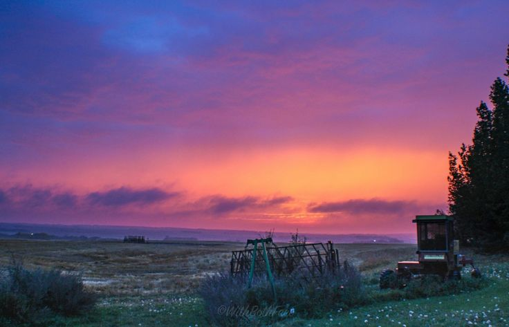 Stopped to visit my adopted farm family in Saskatchewan on the way up north. The skies came alive just after supper. Love this country. #sunset #photography #canada #saskatchewan #farm