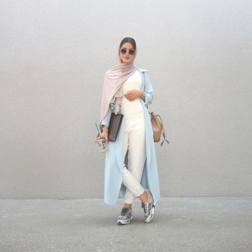long blue pastel cardigan neutral hijab- Hijab fashion guide 2016 http://www.justtrendygirls.com/hijab-fashion-guide-2016/