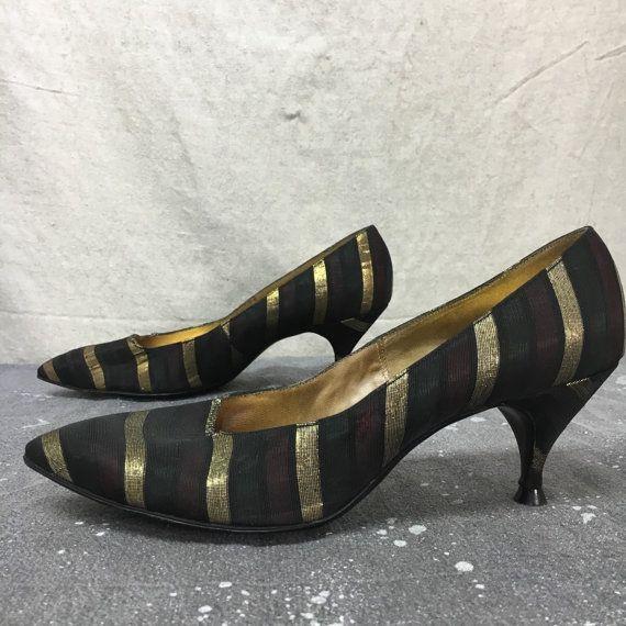 Tapiz de brocado de oro Troylings Stilettos tamaño 7 nos, zapatos de vestido de los años 1950 Vintage Rockabilly Hollywood con tacones